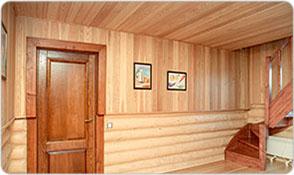 Деревянные стены дома